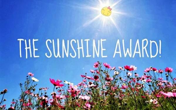 11-cosmos-under-blue-sky-cosmos-flower-under-sunshine_1440x900_69080