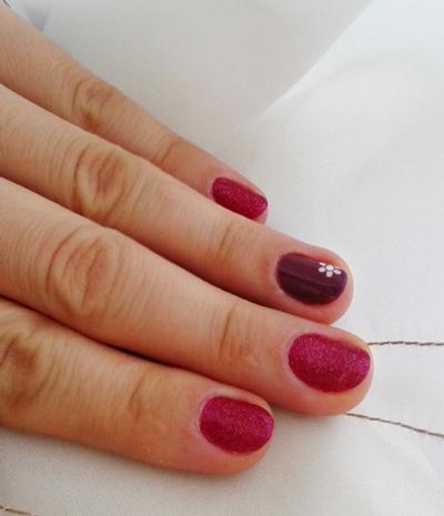 Unghii rosii