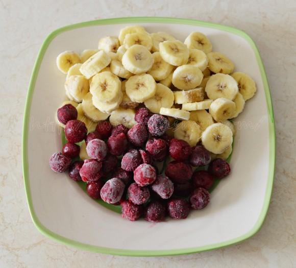 Banane și visine congelate