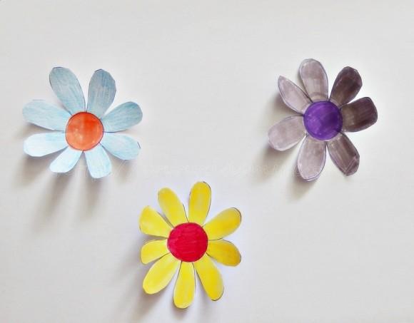 flori de hartie plutitoare